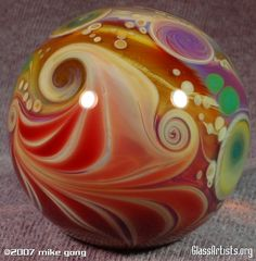 Paperweight glass - no idea how this have been done. Looks pretty good! Glass Rocks, Glass Marbles, Leaded Glass, Fused Glass, Caithness Glass, Light Wall Art, Blown Glass Art, Marble Art, Glass Paperweights