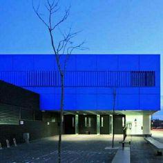 Escola de Arte em Burgos, na Espanha. Projeto do escritório Estudio Primitivo Gonzalez. #architecture #arts #arquitetura #arte #decor #design #decoração #projetocompartilhar #shareproject