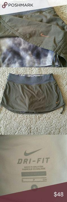 Nike skort size S Excellent condition Nike Shorts Skorts