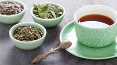 Why Drinking Tea May Help Prevent and Manage Type 2 Diabetes - The list of benefits of tea continues to grow. Learn why diabetes prevention is on that list. Healthy Teeth, Healthy Eating, Teeth Health, Clean Eating, Diabetic Recipes, Healthy Recipes, Tea Recipes, Delicious Recipes, Anti Inflammatory Herbs