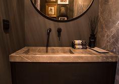Bathroom Interior, Modern Bathroom, Bathroom Plans, Toilet Room, Tadelakt, Bathroom Toilets, Dream Bathrooms, Home And Living, Sweet Home