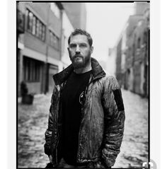 tom hardy black and white