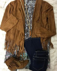 {Love Me Like You Love Fringe} Shop the adorable fringe jacket in stores & online! Add the key hole tunic --> in sleeveless now! #shopPD