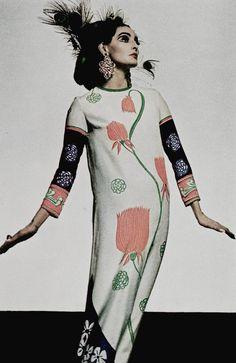 """Beardsley After a Fashion"" by David Montgomery for Vogue UK April 1st, 1967"