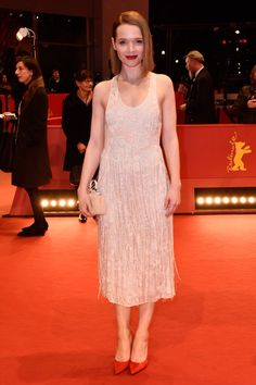 Pin for Later: Das war die 66. Berlinale: Seht alle Stars und alle Outfits Tag 8 Karoline Herfurth