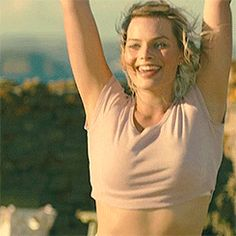 When you swipe right on your perfect bae and it's an instant match. Margo Robbie, Margot Elise Robbie, Actress Margot Robbie, Margot Robbie Harley Quinn, Hollywood Actresses, Actors & Actresses, Paramount Pictures, Celebrity Beauty, Celebs