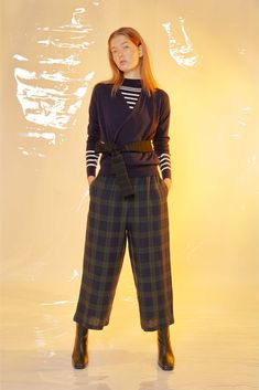 #Design #Alpha60 #Alpha60 Fashion Fashion Labels, Fashion Boutique, Wide Leg, Legs, Navy, Knitting, Chic, Model, Pants