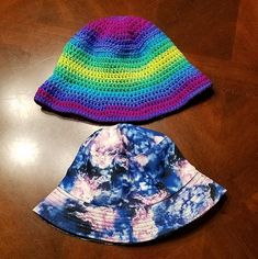 "From the designer of this Crochet Bucket Hat aka Fisherman's Hat: ""This is a great opportunity to pull out those stripes! Red Heart Stripes was used in this pattern, but others such as Bernat Stripes would work great as well!"" Easy Crochet Hat Patterns, All Free Crochet, Crochet Baby Hats, Learn To Crochet, Country Hats, Fisherman's Hat, Slouchy Hat, Diy Clothes, Bucket Hat"