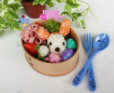 Snoopy painting Easter eggs bento | Bento Days