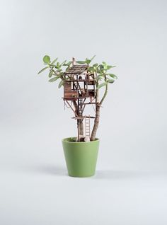 Los Angeles–based artistJedediah Corwyn Voltzis a prop-maker for TV and film by day who has a charming side business makingtiny treehousesfor potte ...