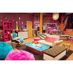 Carly Shay's bedroom on iCarly... i always wanted her room with the lil trampoline to jump into bed!!!