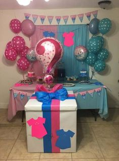40 ideas for baby boy shower simple gender reveal Baby reveal party Simple Gender Reveal, Twin Gender Reveal, Gender Reveal Announcement, Gender Reveal Party Games, Pregnancy Gender Reveal, Gender Reveal Balloons, Gender Reveal Party Decorations, Gender Party, Baby Shower Gender Reveal