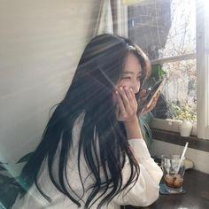ulzzang 얼짱 girl cute kawaii adorable pretty beautiful hot fit korean japanese asian soft aesthetic 女 女の子 g e o r g i a n a : 人 Ulzzang Korean Girl, Cute Korean Girl, Asian Girl, Korean Aesthetic, Aesthetic Girl, Japanese Aesthetic, Beige Aesthetic, Ullzang Girls, Just In Case