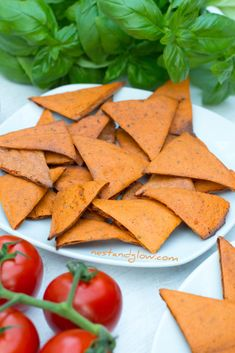 Tomato and Basil Lentil Chips - High Protein Raw Vegan Recipes, Vegetarian Recipes Easy, Healthy Recipes, Vegetarian Food, Scd Recipes, Tofu Recipes, Vegan Food, Crockpot Recipes, Baking Recipes