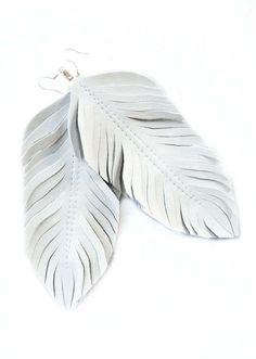 Fantastische Leder Ohrringe von Lilly Vanilly EU auf DaWanda.com