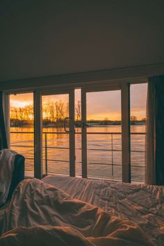 Yes please Crystal River Cruises, Mozart, Aesthetic Rooms, Travel Aesthetic, Window View, House Goals, Dream Rooms, My Dream Home, Future House