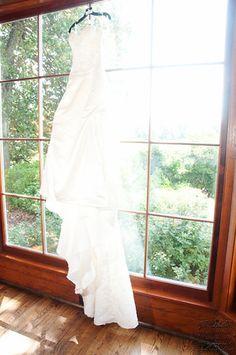 Wedding Dress in Wedding Photography