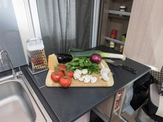 This benchtop extension easily unfolds from a cupboard to give you more space for meal preparation in the C7923SL Esperance motorhome.