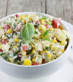 Sałatka z ryżem i ananasem. Salad with rice and pineapple. Fruit Salad, Cobb Salad, Coleslaw, Pasta Salad, Quinoa, Potato Salad, Pineapple, Food And Drink, Lunch