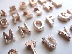 Tiny Rose Gold Letter Necklace rose gold door OliveYewJewels