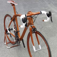 Sanomagic Wooden Bicycles - Ninth-generation Japanese shipwright handcrafts lightweight mahogany bicycles