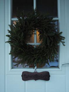 kranssi Christmas Diy, Christmas Wreaths, Holiday Decor, Home Decor, Decoration Home, Room Decor, Christmas Makes, Homemade Christmas, Advent Wreaths