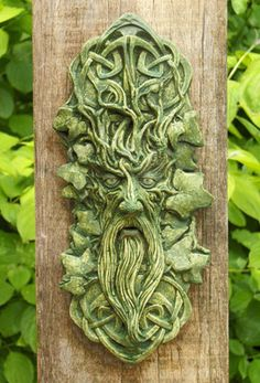 Beautifully detailed Green Man including an intricate Celtic design.        The Green Man is one of the oldest symbols in the world, representing the unbreakable connection between mankind and Nature.   To see more extraordinary and inspirational objects for house and garden please visit our website: www.tuinverbeelding.nl