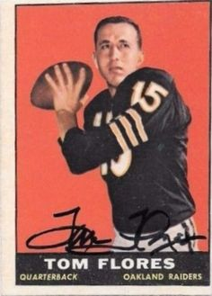1961 Topps Tom Flores Football autographed trading card