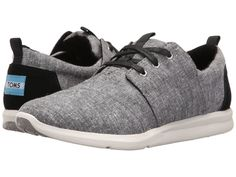 The Del Reys take the sneaker in a different direction. Featuring chambray and a lightweight sole, they're the perfect go-to sneaker for those with a distinct sense of style. - Black slub chambray upp