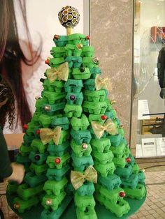 Unusual Christmas Trees- Egg carton Tree - Dump A Day Recycled Christmas Tree, Unusual Christmas Trees, Creative Christmas Trees, Alternative Christmas Tree, Noel Christmas, Christmas Crafts For Kids, Simple Christmas, Christmas Tree Decorations, Christmas Ornaments