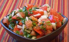 Reminiscent of the chunky salsa recipe that you eat in your favorite Mexican restaurant, this pico de gallo is easy to assemble.