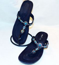 Minnetonka Black Boca Thong Leather Silver Turquoise Jeweled Bling Sandals Sz 8 #MinnetonkaMoccasins #JeweledBlackLeatherSandal #Beach