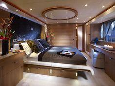 Guest cabin on Sunseeker Predator 130 yacht