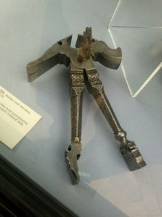 Claw Hammer presentation piece to showcase its maker's skills - Victoria and Albert Museum