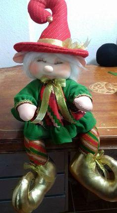 Christmas Messages, Sarah Kay, Christmas Decorations, Holiday Decor, Peta, Christmas Traditions, Elves, Cupcakes, Clip Art
