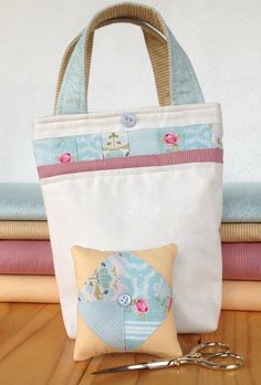 patchwork sewing bag pattern, PDF pattern at Stitching Cow