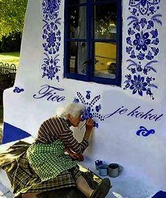 Slovak folk artist who loves her politicians..
