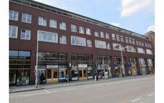Representatieve kantoorruimte te huur gelegen op een uitstekende locatie aan een doorgaande weg in het centrum van Ridderkerk. #kantoorruimte #tehuur #huren #ridderkerk #centrum #ondernemer #gezocht #zichtlocatie #zuidholland #nederland #huurbieding
