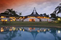 The Protea Hotel The Winkler is situated in the hub of the charming town of White River in the Mpumalanga Province. It is only 20 minutes away from the famous Kruger National Park. Kruger National Park, South Africa, River, Vacation, Mansions, House Styles, Holiday, Gate, Vacations