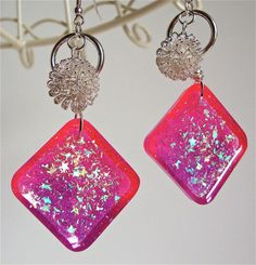 Glittery pink and purple resin earrings with by sparklecityjewelry, $19.00 #resin