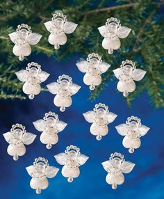 These little angel are a perfect finishing touch for your tree, wreath or a special gift.