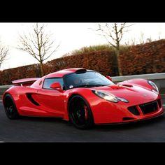 Hennessey Venom Devil Red.