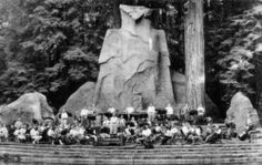Satanic western ruling elites at Bohemian Grove! 30-40 feet Molech Owl. Devil worshippers!