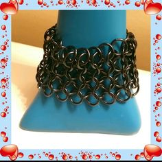 Gunmetal Chain Link Bracelet Top this eye catching chain link bracelet over your delicate wrist.  This gunmetal color will match almost any color scheme. Jewelry Bracelets