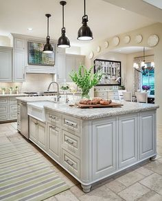 Awesome 88 Amazing Farmhouse Kitchen Paint Colors Ideas. More at http://www.88homedecor.com/2017/10/26/88-amazing-farmhouse-kitchen-paint-colors-ideas/