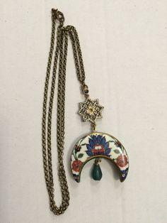 Fashion Moda, Diy Fashion, Jewelry Art, Jewellery, Turkish Tiles, Fashion Portfolio, Ceramic Jewelry, My Precious, Ceramic Painting