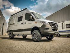 Grand Canyon S Iridiumsilver metallic Mercedes Benz Vans, Mercedes 4x4, Mercedes Sprinter Camper, Benz Sprinter, 4x4 Camper Van, Cargo Trailer Camper, 4x4 Van, Bus Camper, Vw Bus