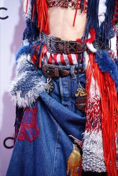 Sfilata Marc Jacobs New York - Collezioni Primavera Estate 2016 - Vogue