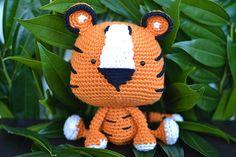 Tiger Crochet Pattern. Tito The Tiger Crochet por YarnSociety