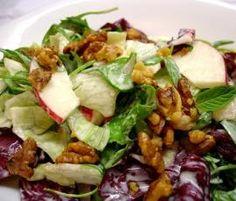 Rezept Fruchtiges Dressing für Blattsalat mit Äpfeln + Walnüssen von Camperlilly - Rezept der Kategorie Vorspeisen/Salate